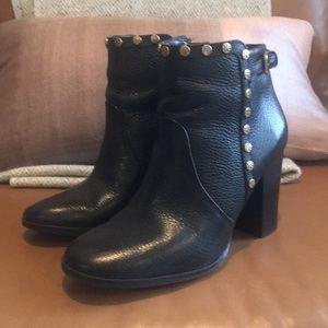 Tory Burch 7 1/2m black booties